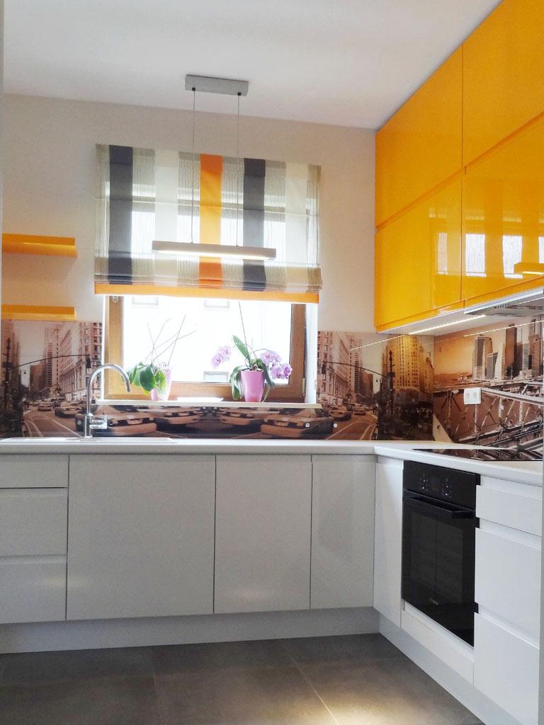 Kuchnia Biało Pomarańczowa Otwarta Na Salon Gutdesign